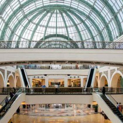 حال و هوای مرکزخرید امارات مال دبی پس از تعطیلی مراکزخرید بخاطر ویروس چینی کرونا